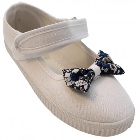 Pantofiori fete alb cu fundita, marimi 29-31