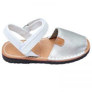 Sandalute fete din piele naturala argintii 21-27